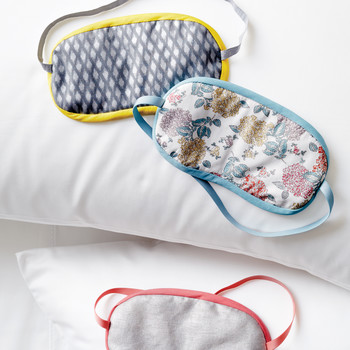 diy-sleep-eye-masks-046-d112419.jpg