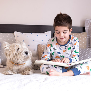 Children Reading with Dogs