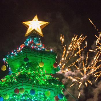 Legoland Christmas Tree of 2016