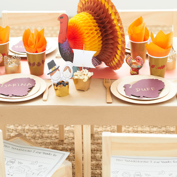 5 Quick Chores for Kids to Help You, the Hostess, on Thanksgiving