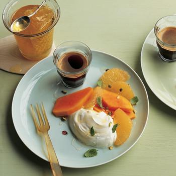 Papaya and Grapefruit with Yogurt and Lemon Balm