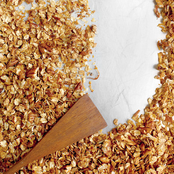 Pecan-Molasses Granola