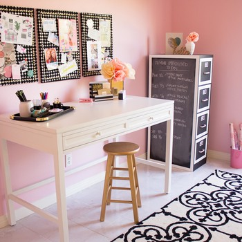 5 Secrets of a Beautifully Organized Craft Room