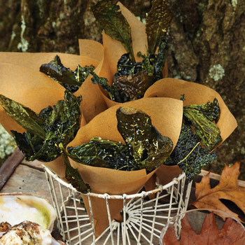 Kale Crisps with Sea Salt and Lemon