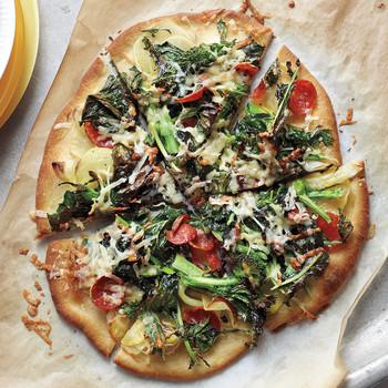 pepperoni-pizza-sea-0511med106942.jpg