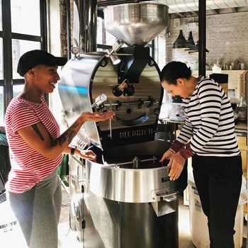 From Bean to Cup: At Work with Two Female Coffee Roasters
