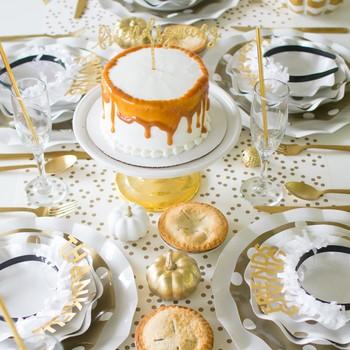 friendsgiving dessert table