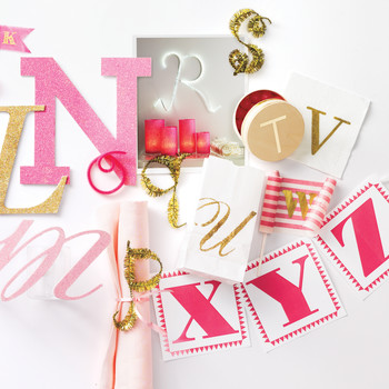 When Should You Mail Invitations for a Child's Birthday Party?