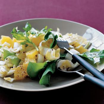 Arugula and Endive Salad with Oranges
