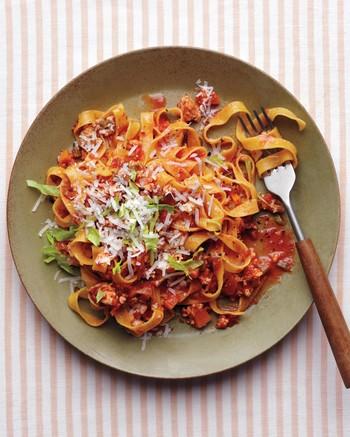 chicken-pasta-035-fork-only-d112542.jpg