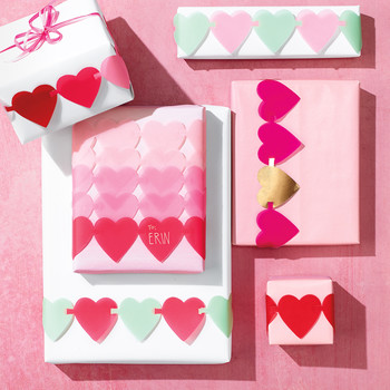 Valentine's Day Linked-Hearts Gift Wrap
