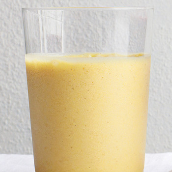 Pineapple and Ginger Smoothie
