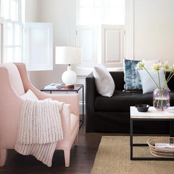 springcleaning-livingroom-mld110961.jpg