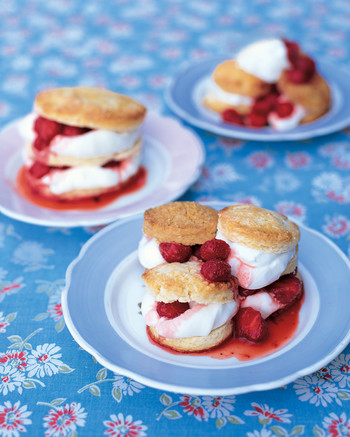strawberry-shortcakes-0703-mla99801.jpg