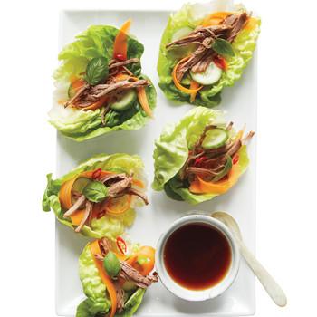 Spicy Thai-Style Lettuce Wraps