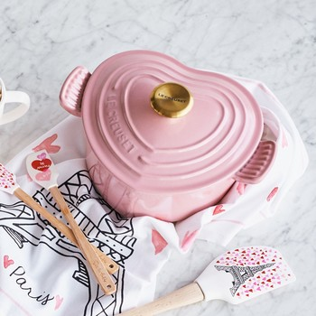 14 Valentine's Day Entertaining Essentials