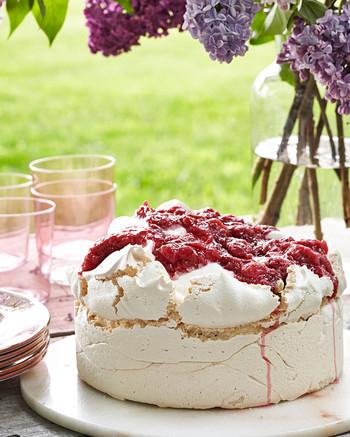 rosy rhubarb meringue cake