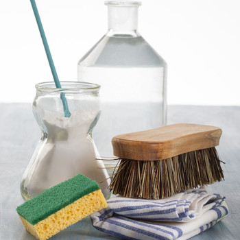 spring-cleaning-checklist-getty-0319.jpg