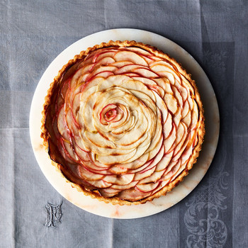 apple rose tart dessert