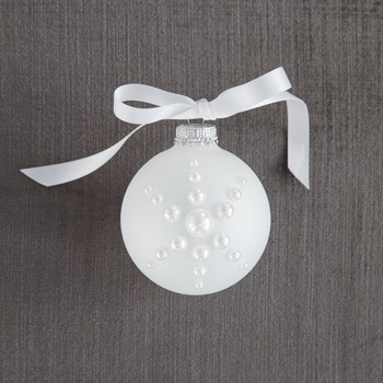 pearl snowflake ornament DIY
