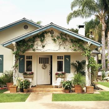 pretty house exterior in California