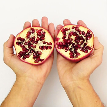 The Easiest Way to Seed a Pomegranate
