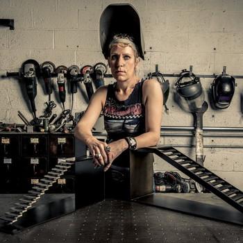 Female Metalsmiths Gabrielle Shelton