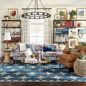 Decorative living room neutral linens