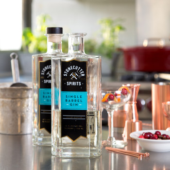 Doesn't Everyone Need a (Gin) Drink Around the Holidays?