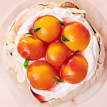 brown-sugar peach pavlova recipe