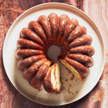 sliced glazed lime streusel bundt cake