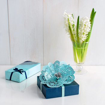 Doily Flower Gift Wrap Topper