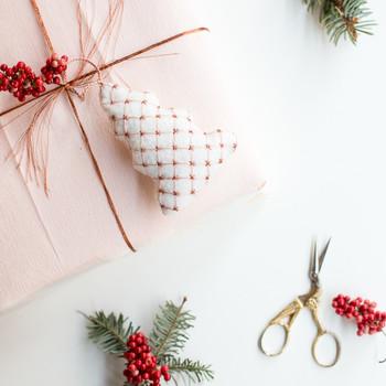 绣花圣诞树装饰品