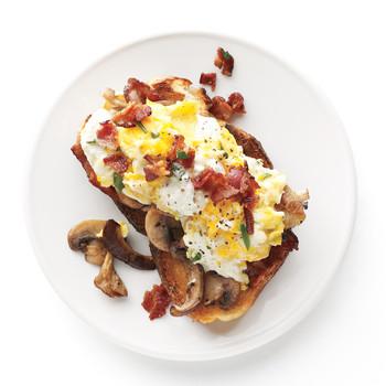 Bacon and Eggs with Mushroom-Garlic Toasts