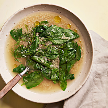 lemony quinoa spinach soup