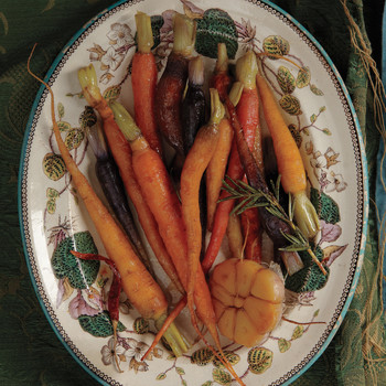 Honey-Glazed Carrots with Garlic