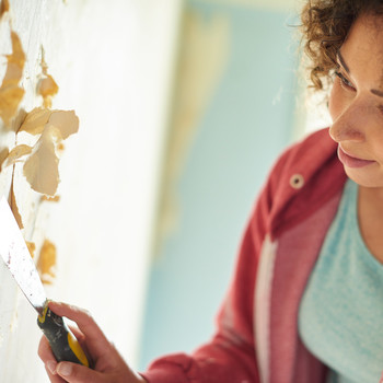 Everything You Need to Know About Removing Wallpaper Safely