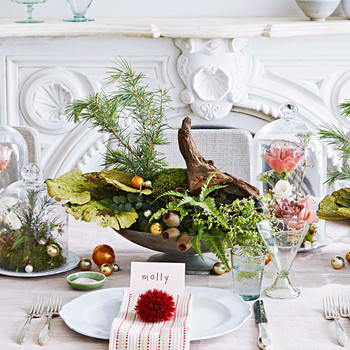 floral green holiday tablescape