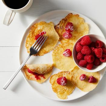 swedish pancakes raspberries