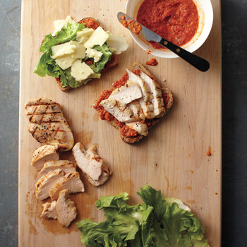 Smoky Bell-Pepper Pesto on Grilled Chicken Sandwiches
