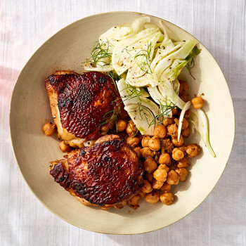 Chicken With Sundried Tomato and Chickpeas