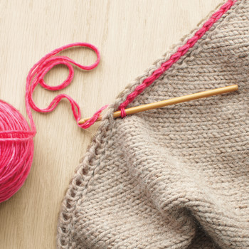 Knitting Versus Crocheting: What's the Difference and Which Should You Learn?