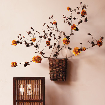 Faux Flowers: A Fall Wall-Decor Craft