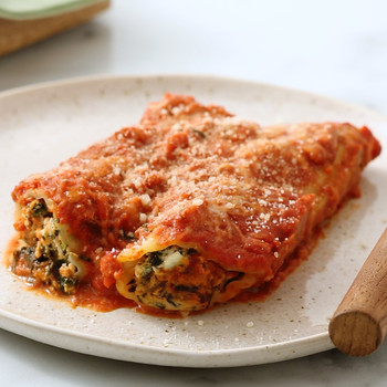 Watch: Spinach Manicotti in Creamy Tomato Sauce