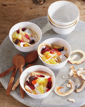 Ten Delicious Ideas for Plain Yogurt
