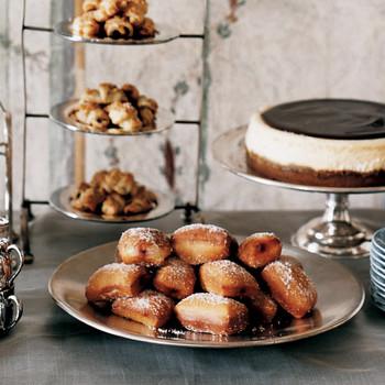 cinnamon honey doughnuts raspberry jam dessert