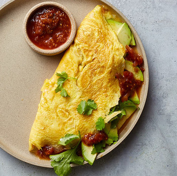 omelet with salsa and avocado