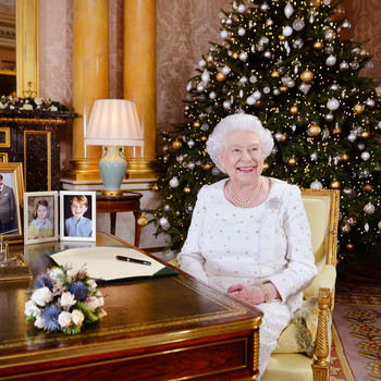 queen Elizabeth Christmas traditions