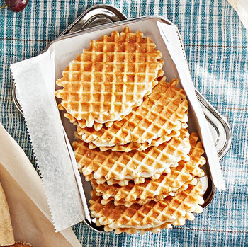 butter-waffle cookies and mascarpone