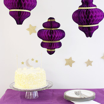 Eid al-Fitr cake and paper lanterns